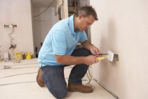 hire a certified Phoenix electrician
